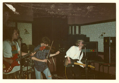 "Photo prise lors d'un concert à ""The Printers Pie"", Exeter. -  88/89"