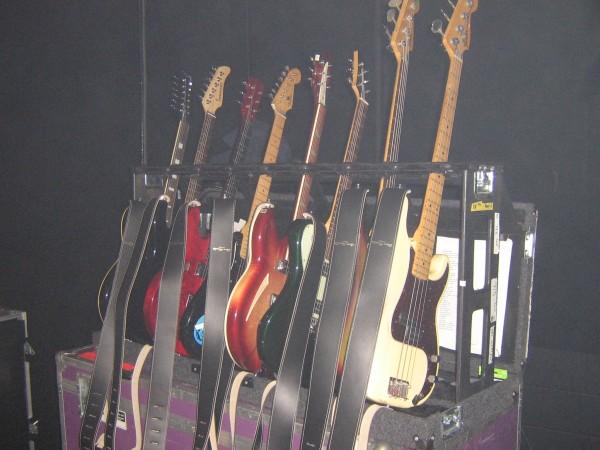 ed-o-brien-radiohead-live-gtrs-2012-10-10