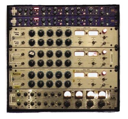 Outboard gear used for vocals included the XTA D2 Dynamic EQs, Summit DCL-200 stereo valve compressor/limiters and a Behringer Tube Composer.