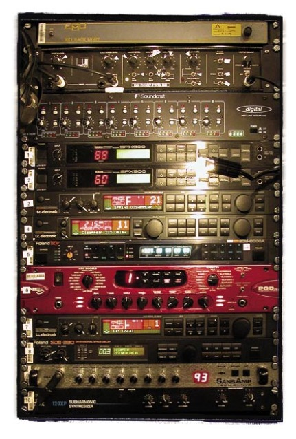 Other outboard included TC M-Ones and D- Twos, Yamaha SPX 900s, Roland SDE-3000A and SDE-330 delays, a Line 6 Pod and a Tech21 Sans Amp.