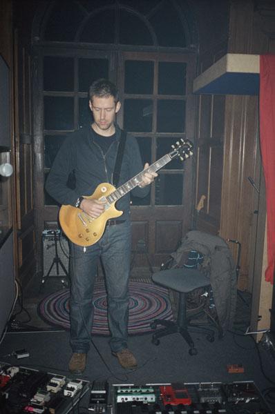 décembre 2006, une photo postée sur Dead AIr Space, le blog du groupe